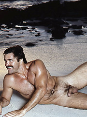 Vintage pics. Muscle man naked.