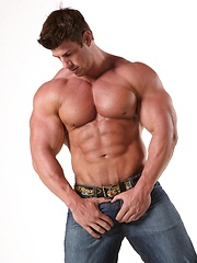 Gay porn star Zeb Atlas plays with own hard muscles