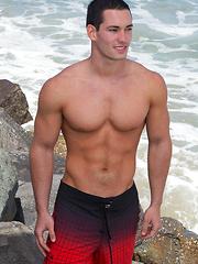 Nude jock Dominic